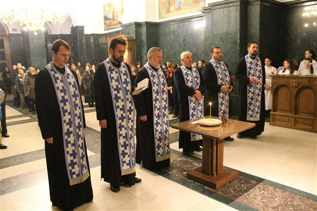 Парастос руском хору у обреновачком храму
