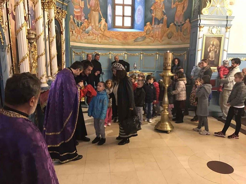 Дан дечјег причешћа у ваљевским храмовима и у мионичком храму
