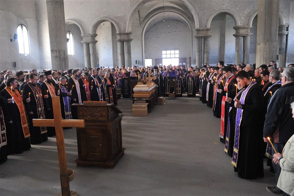 Молитвени опроштај од проте Милована Теовановића