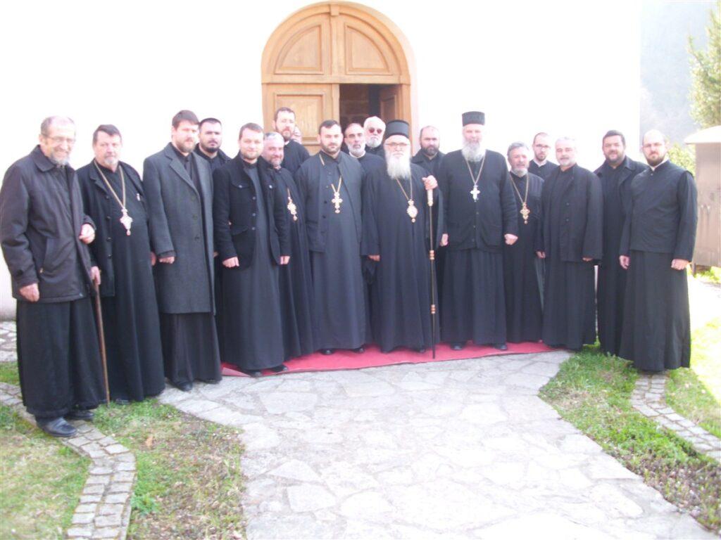 Литургија Пређеосвећених дарова и исповест свештенства колубарског намесништва