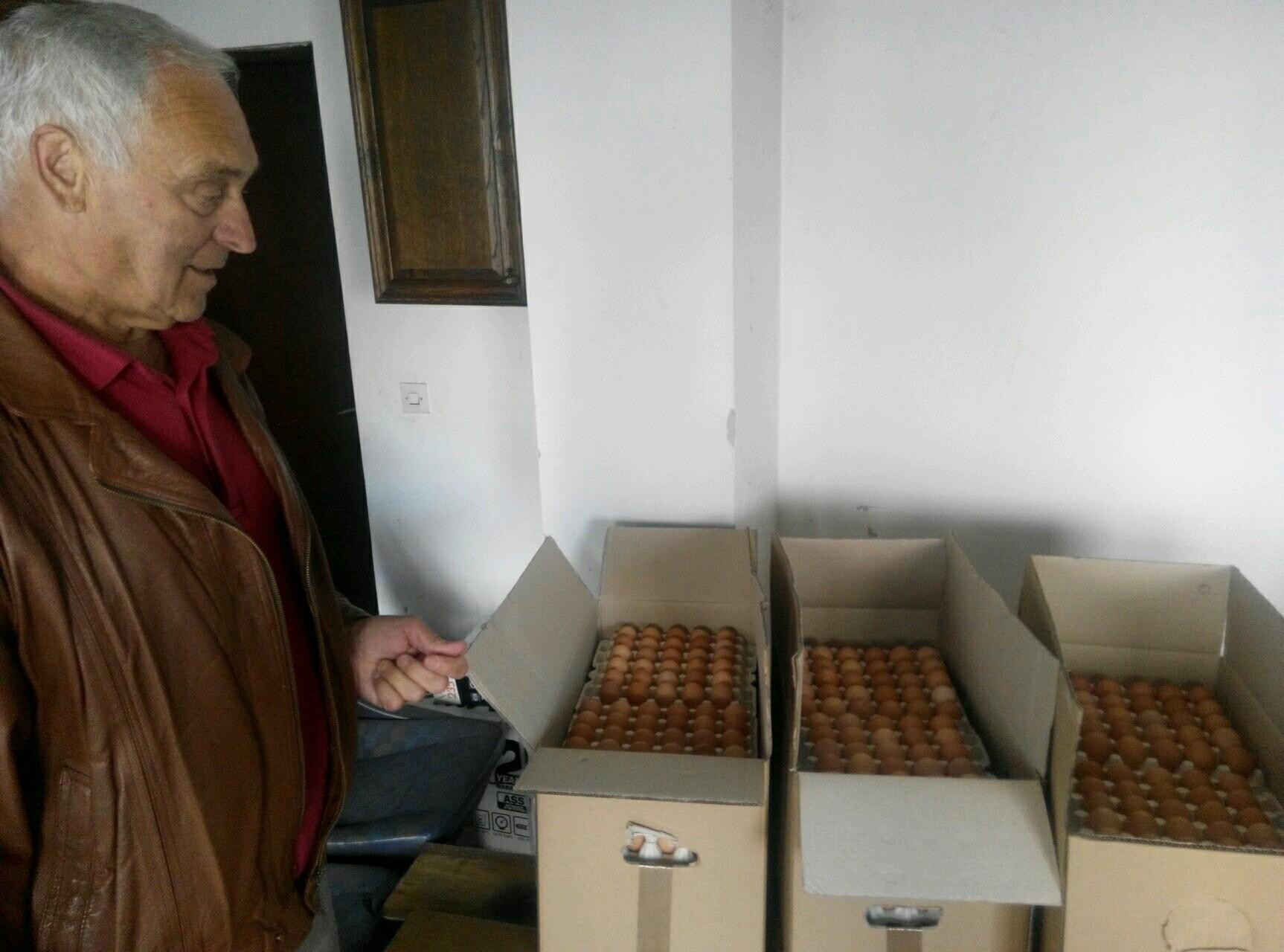 Васкршње даривање братства Православне народне хришћанске заједнице у Ваљеву