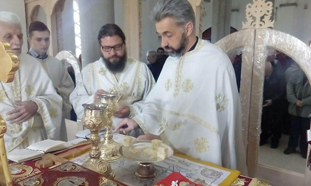 Недеља мироносица у Храму Светог Нектарија Егинског