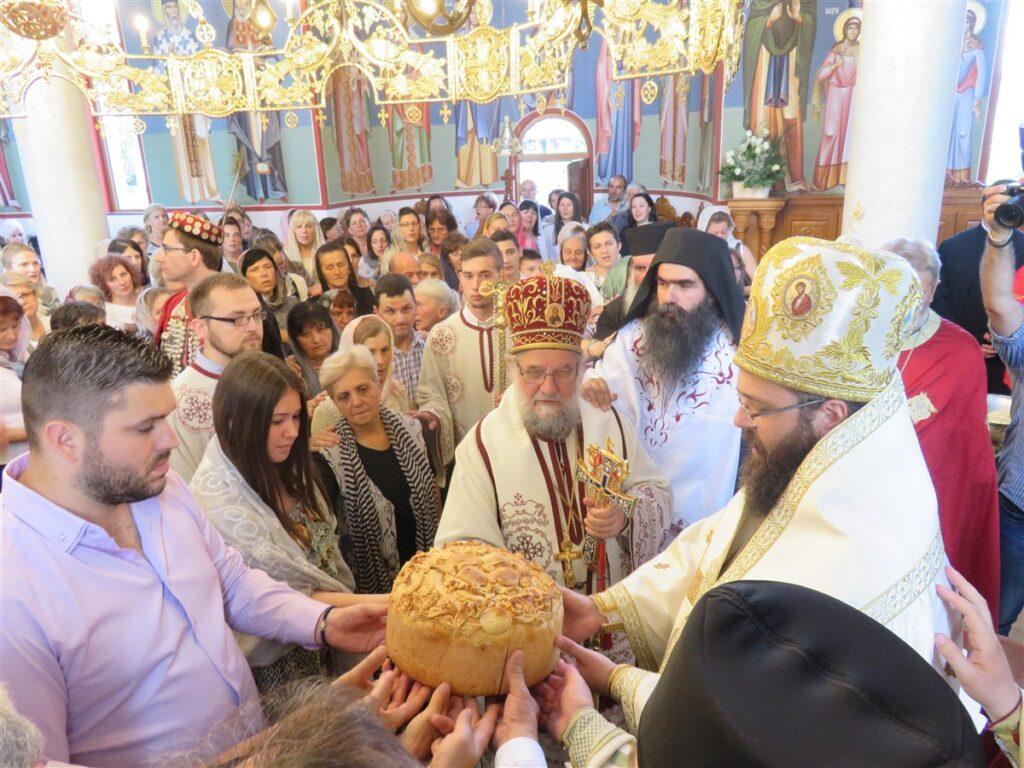 Епископ Силуан у посети Епархији сремској