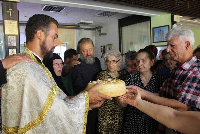 Свети великомученик и исцелитељ Пантелејмон – Слава Дома старих