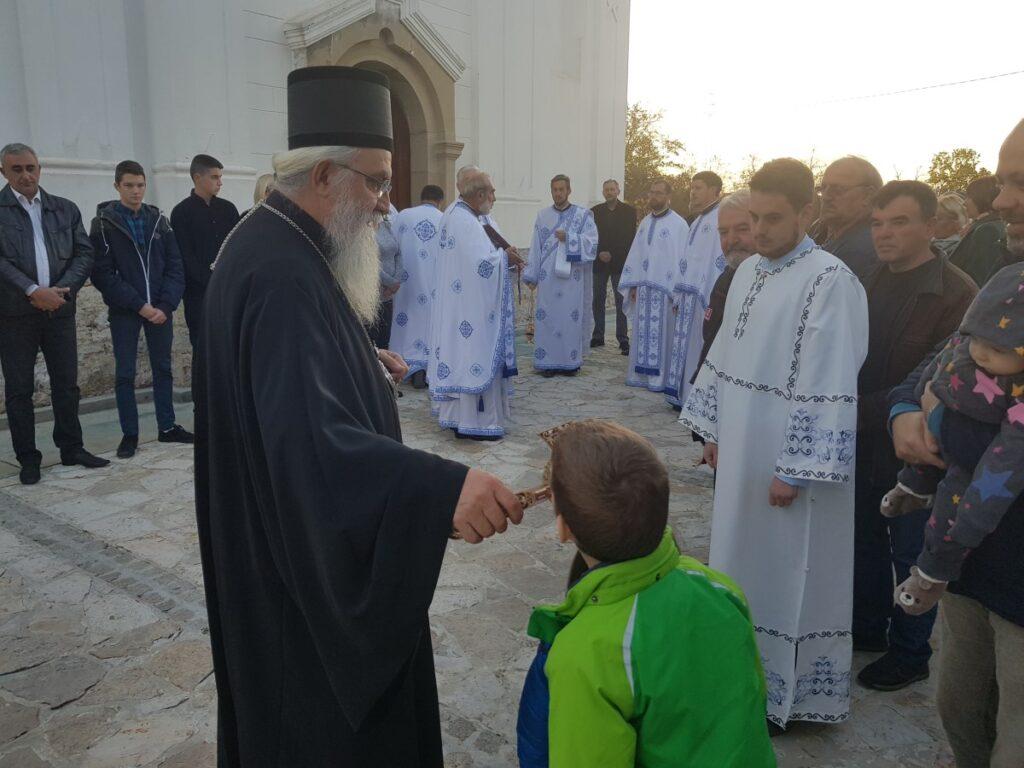 Владичанска Литургија у част славе богомољачког братства при храму у Рабровици