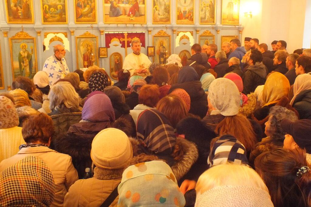 Свети Спиридон Тримитуски – слава храма у Горњем Лајковцу