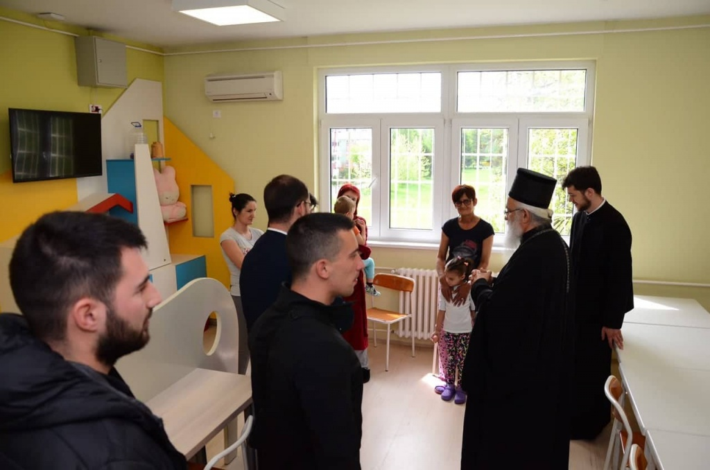 Васкршња посета Владике Милутина Општој болници Ваљево