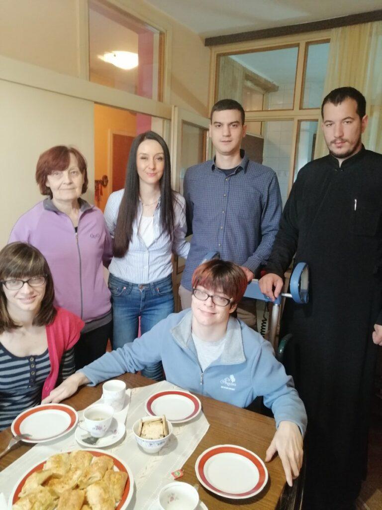 Чланови СОЗ – а посетили сестре Марију и Јелену Шофранац