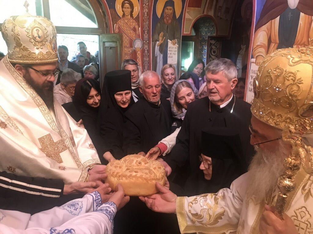 Свети Василије Острошки свечано прослављен у манастиру Пустиња