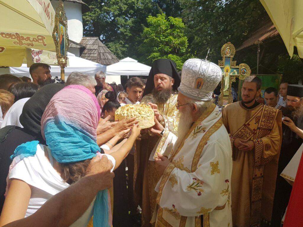 Ивањданска светковина у манастиру Јовања