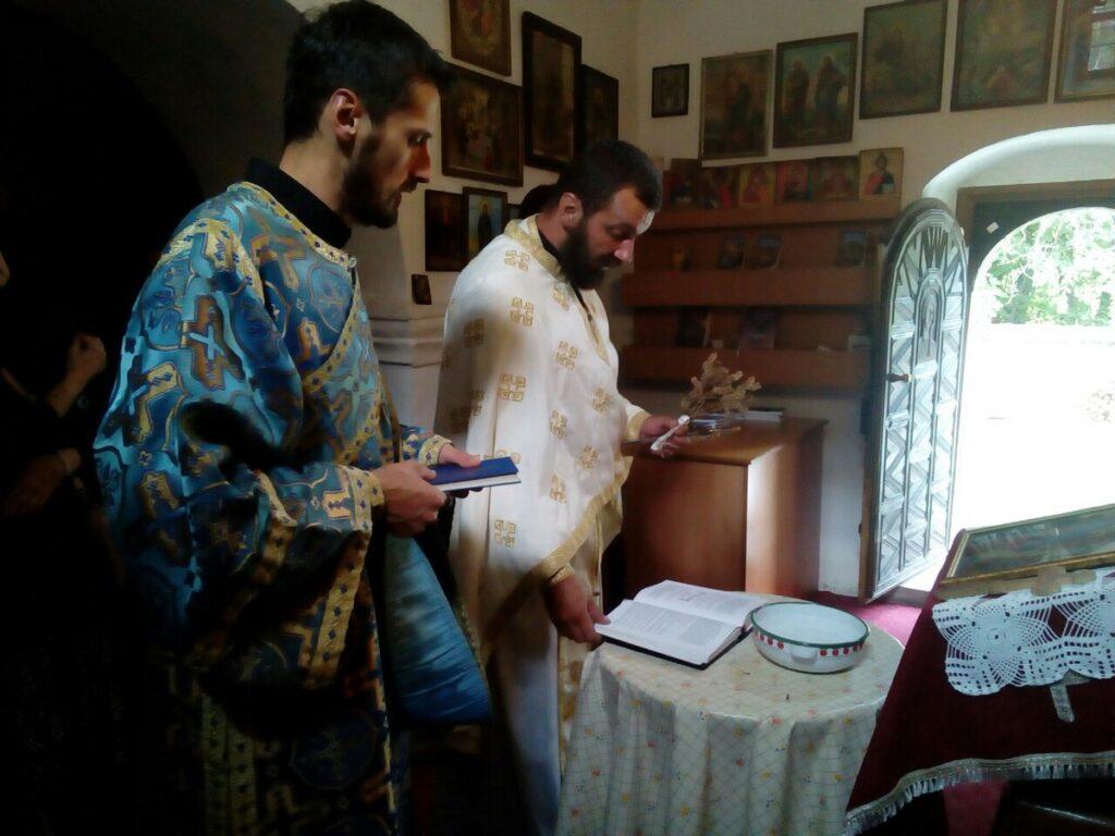 Молебан за почетак нове школске године у манастиру Пустиња