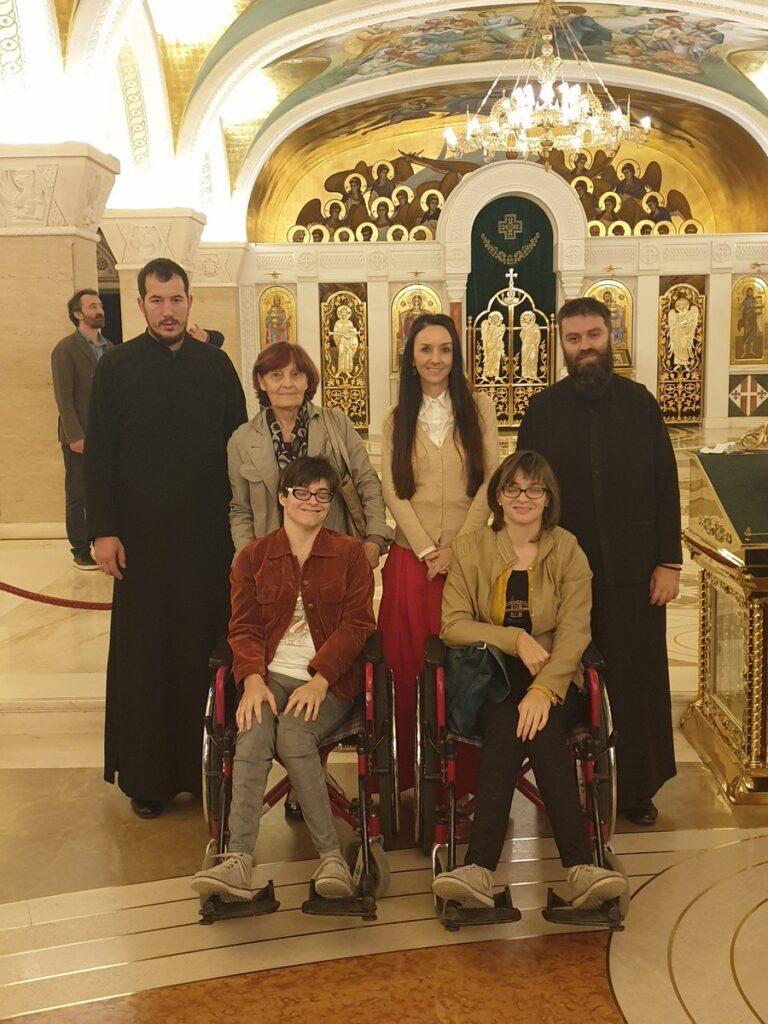 Поклоничко путовање са сестрама Шофранац