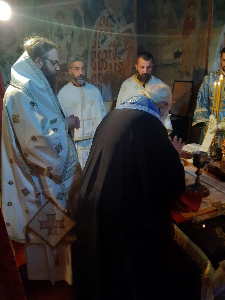 Епископ Силуан служио у манастиру Пустиња