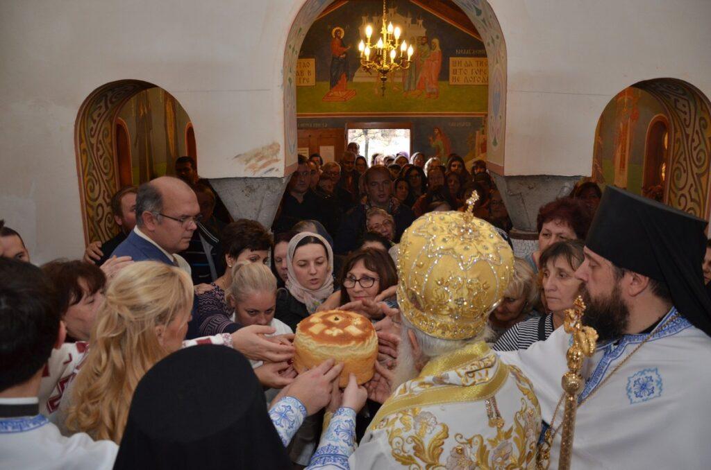 Општа болница Ваљево прославила своје небеске заштитнике Свете лекаре и бесребренике Козму и Дамјана