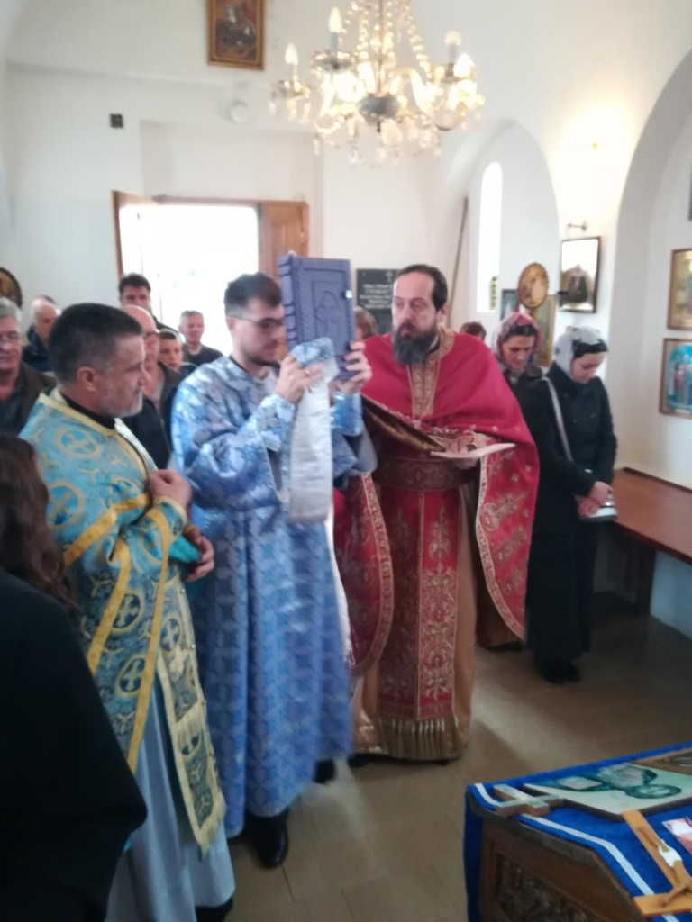 Ђурђиц, храмовна слава гробљанске цркве у Дивцима