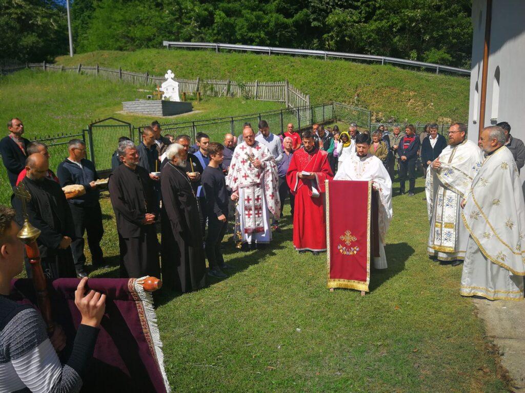 Пренос моштију Светог Николе, слава храма у Причевићу