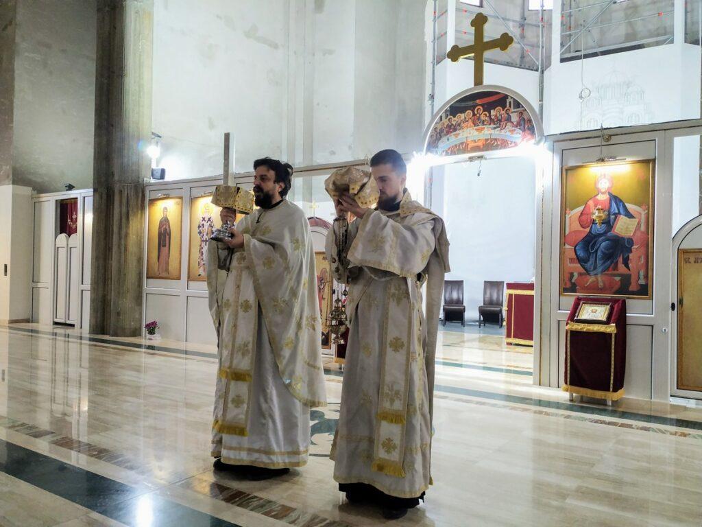 Литургија у саборном храму у част Светог Јована Златоустог