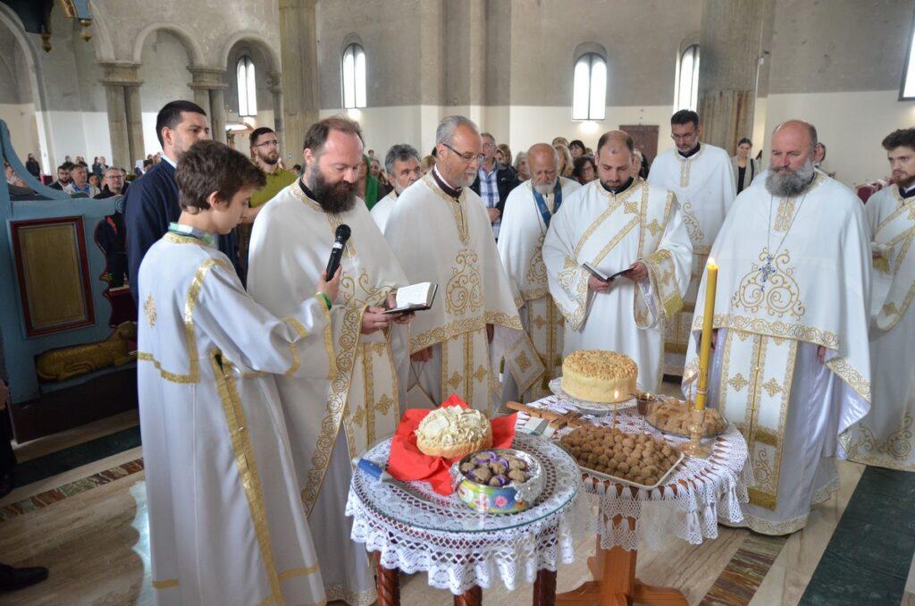 Други дан Васкрса, слава ваљевског саборног храма
