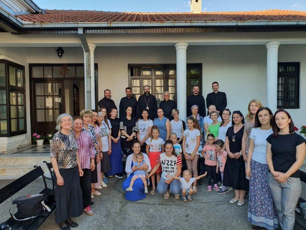 Епископ Силуан у посети Обреновцу