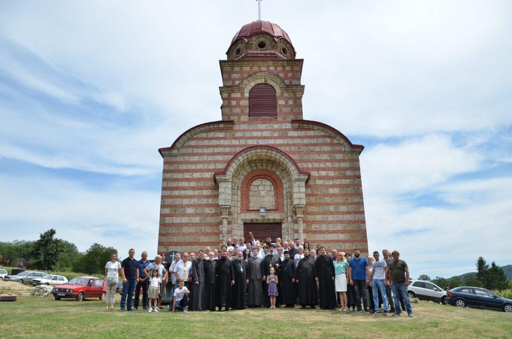 Храм Свете Марије Магдалине у Доњим Лесковицама прославио своју небеску заштитницу