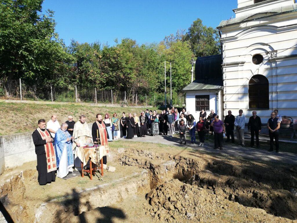 Положен камен темељац нове палионице свећа у Лајковцу