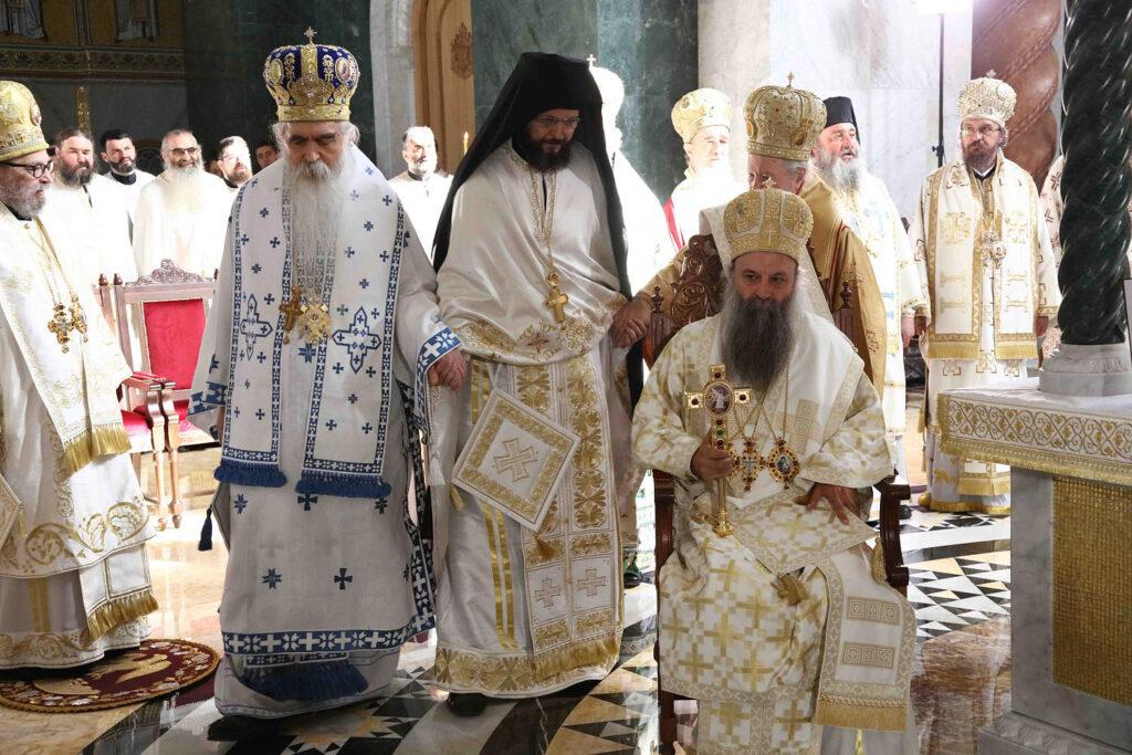 Преносимо: Хиротонија архимандрита Дамаскина за Епископа мохачког